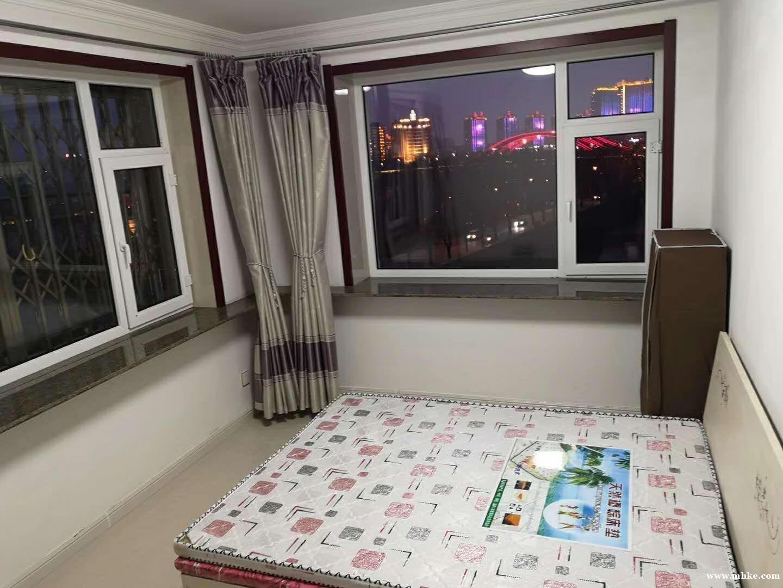 出租:怡园小区观景女子公寓500元